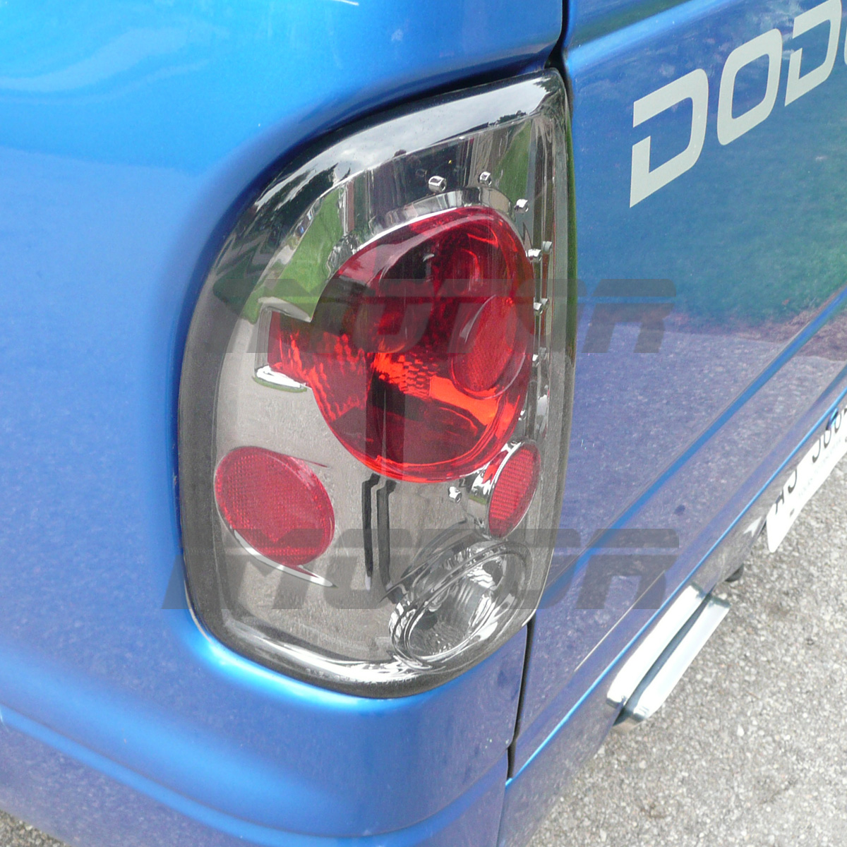 Dd Tlasm on 2001 Dodge Dakota Back Glass