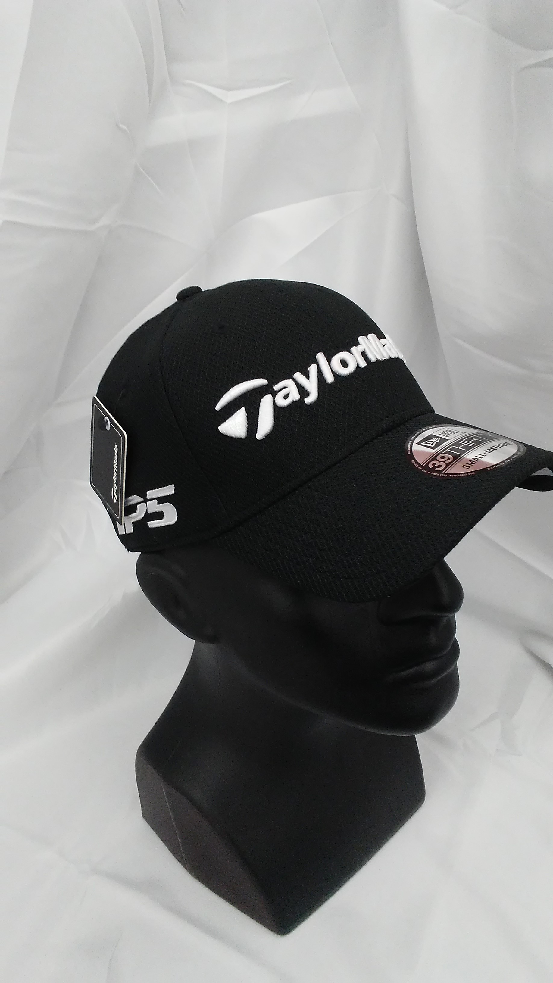 32163922644 Visit our eBay Store for more great deals  Hurricane Golf New TaylorMade  Tour 39Thirty New Era Fitted Cap Black S M BUY IT NOW  9.99!