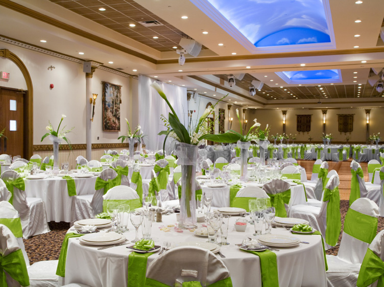 Awe Inspiring 20 Lime Green Satin Chair Covers Sash Bow Wedding Party On Inzonedesignstudio Interior Chair Design Inzonedesignstudiocom