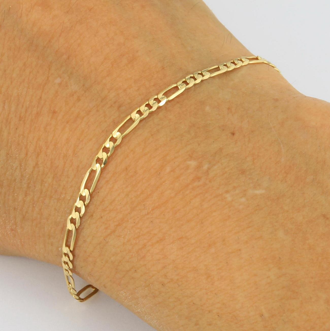 Womens 10K Yellow Gold 3.5mm Italian Figaro Chain Link Bracelet ... 362dd52c5648