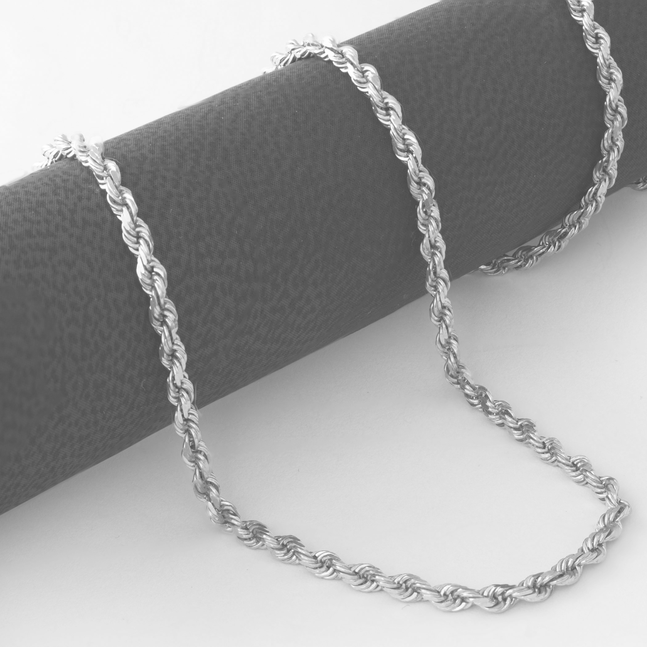 14K-White-Gold-Italian-2-5mm-Diamond-Cut-Rope-Chain-Pendant-Necklace-14-034-30-034 thumbnail 18