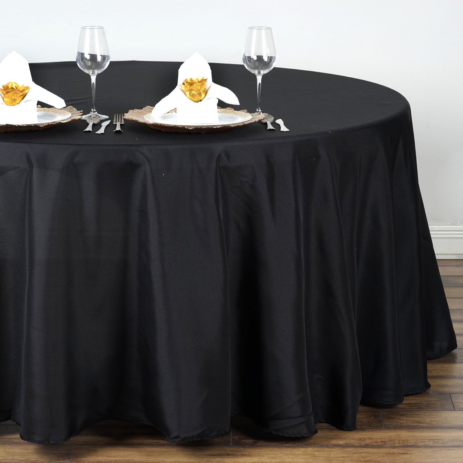 132 034 Round Polyester Tablecloth