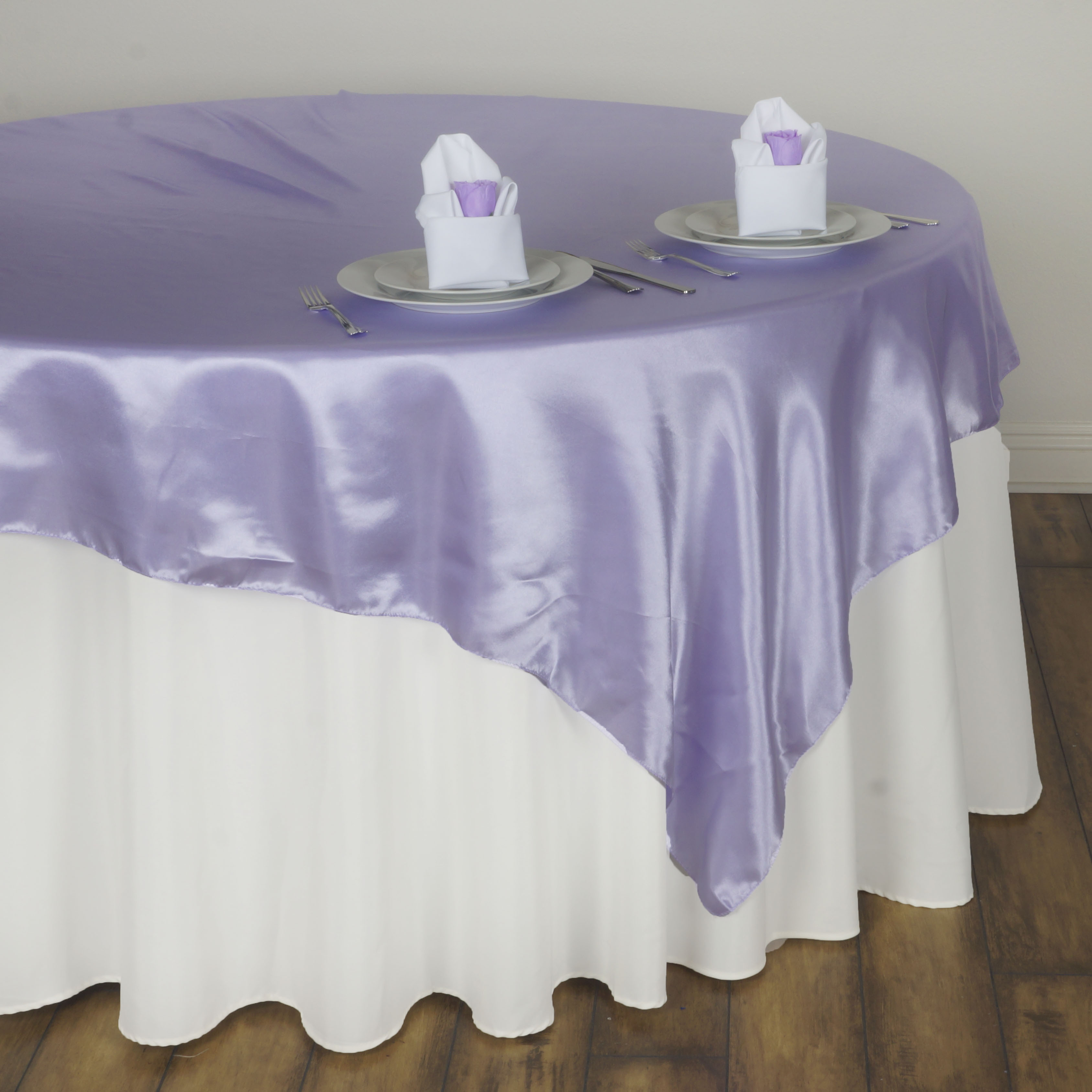 10 SATIN SQUARE 72x72 034 Table OVERLAYS Wedding