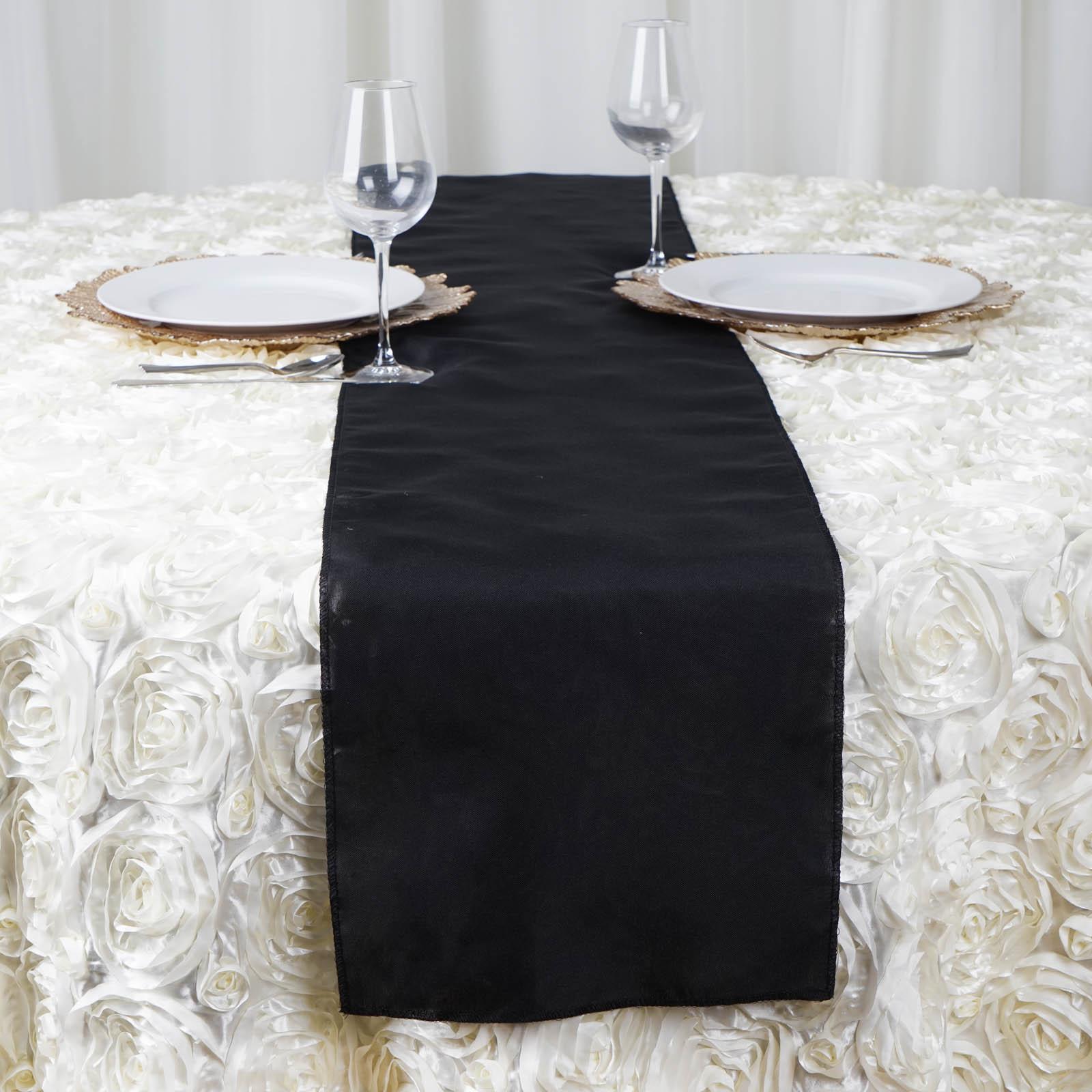 Table runner wedding reception