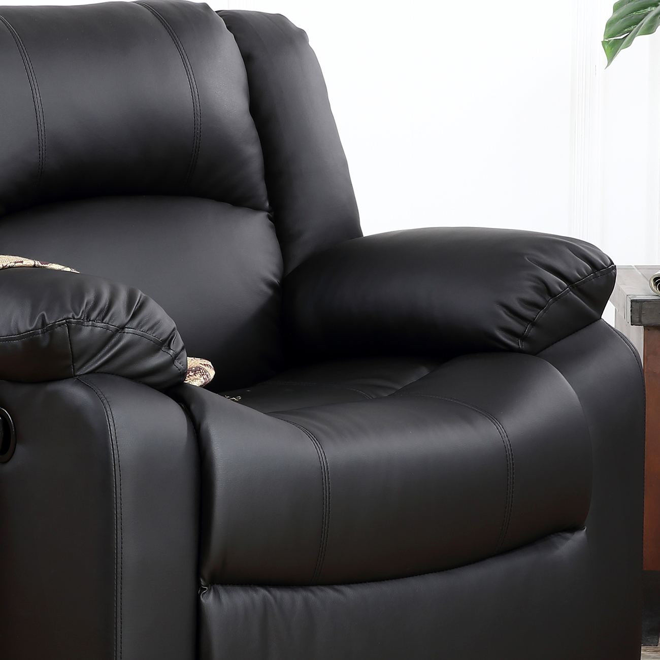 Classic Bonded Leather Oversize Padding Recliner Chair TV Room Theater,  Black