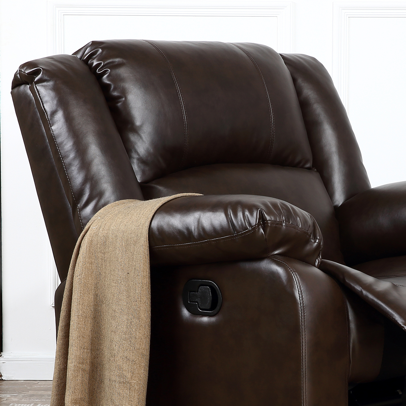 Black Living Room Furniture: Recliner Chairs For Living Room Dark Brown / Black Leather