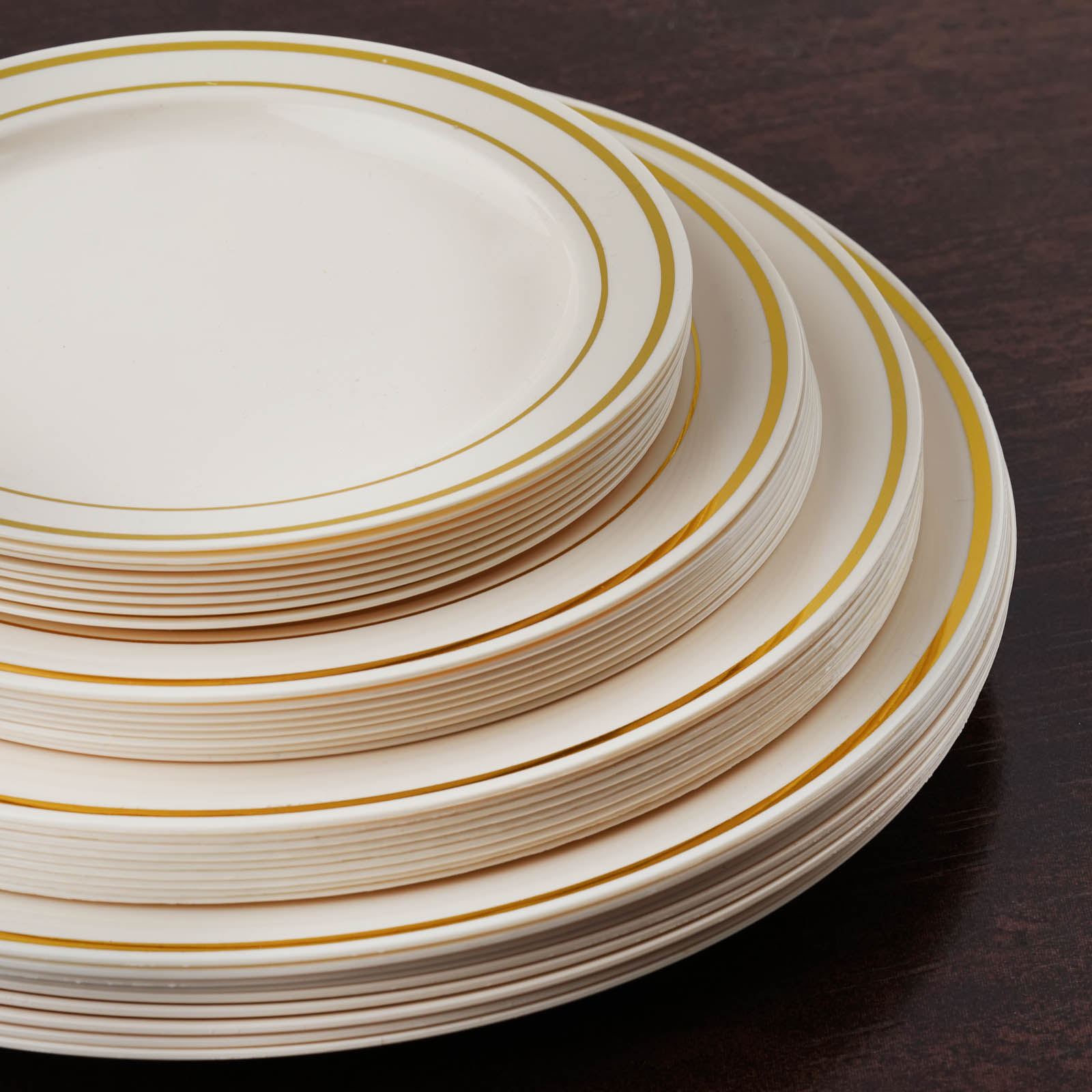 Piece Disposable Plastic Wedding Tableware Dinnerware Set. Silver Rimmed Dinner and Dessert Plates, Silver Cutlery Set, Silver Rimmed Tumblers, Linen Feel Napkins With Rhinestone Napkin Rings.
