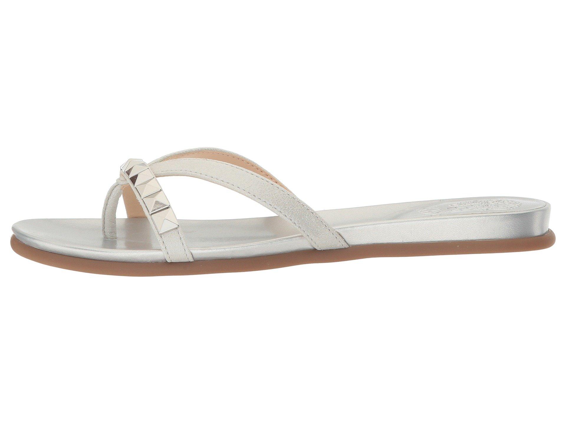 4228b937c810 Vince Camuto Women s EDDINAL Flat Sandal