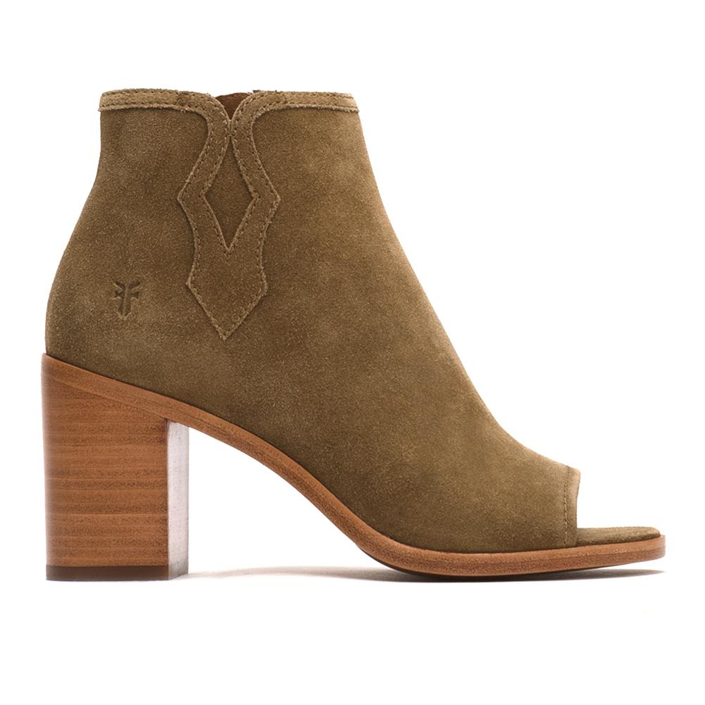 54d90c4f924d FRYE Women s Madeline Short Boot - Brown