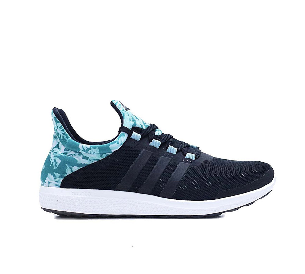 834b8dad9cfa Adidas Women s CF Racer TR Running Shoe - Multicoloured