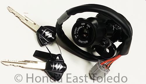 Suzuki Oem Ignition Key Switch Assy Gsxr600 Gsxr750