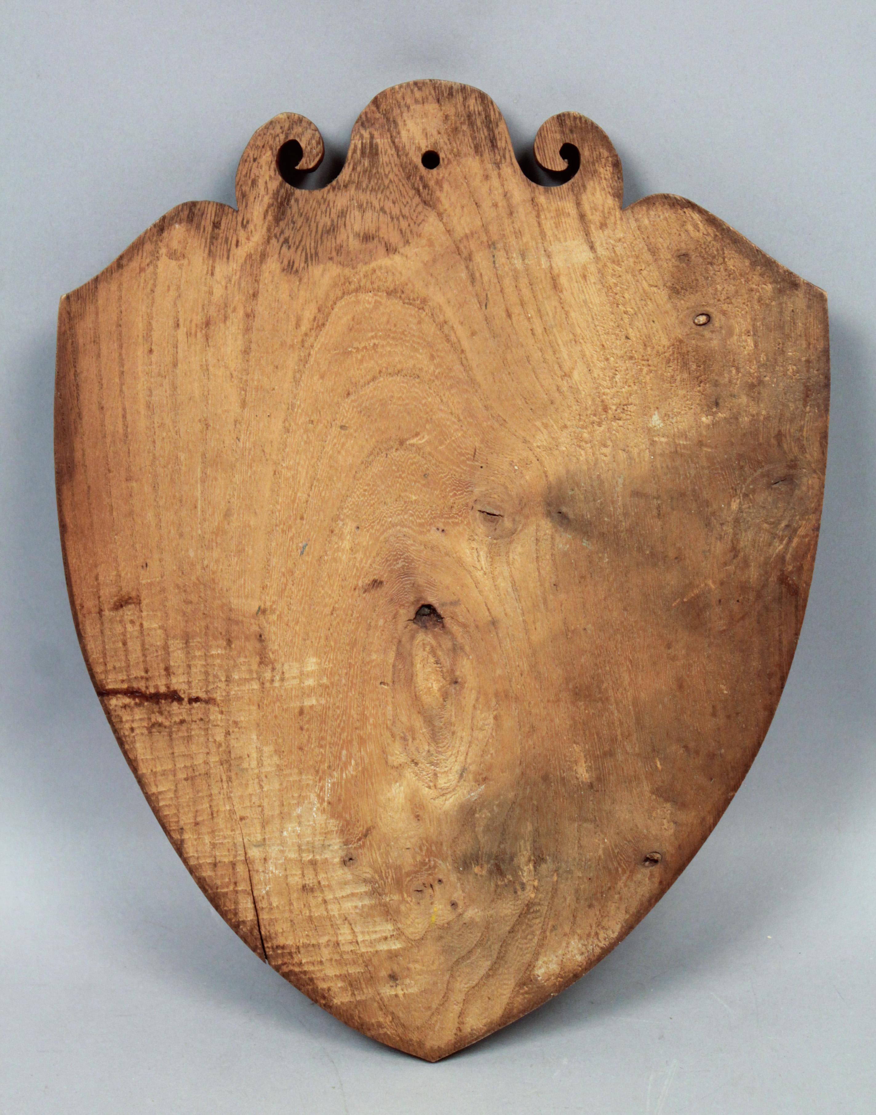 Wooden Carved Key Ring Holder