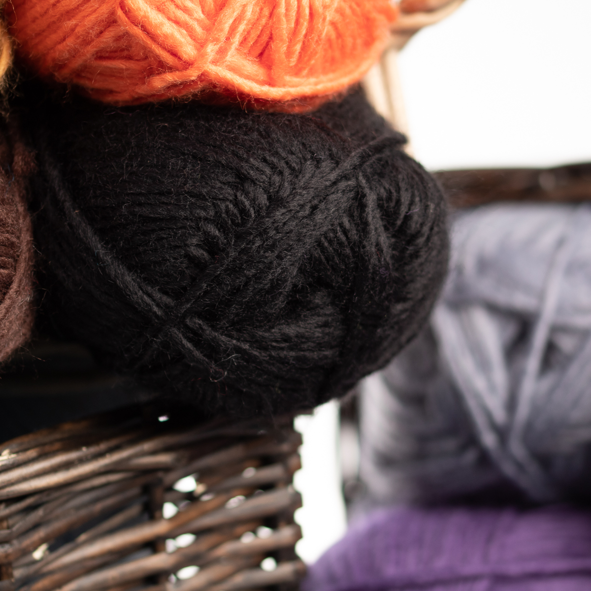 3pk-Lion-Brand-New-Basic-Acrylic-amp-Wool-Yarn-Medium-4-Knit-Crochet-Skeins-Soft thumbnail 14