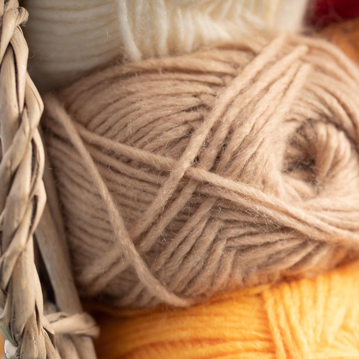 3pk-Lion-Brand-New-Basic-Acrylic-amp-Wool-Yarn-Medium-4-Knit-Crochet-Skeins-Soft thumbnail 22