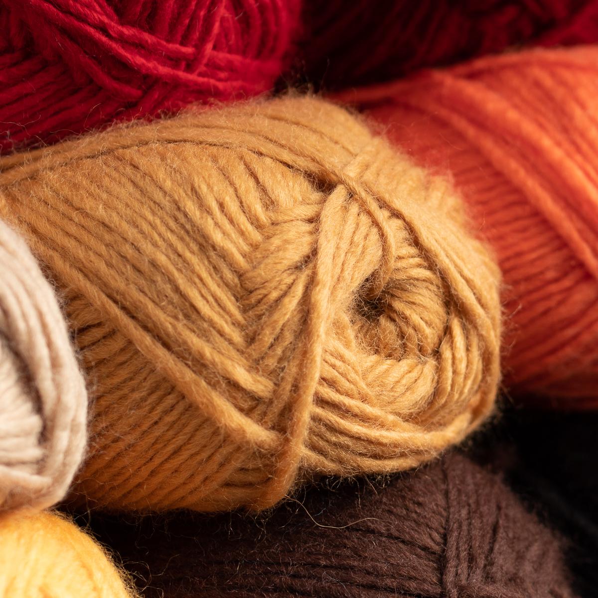 3pk-Lion-Brand-New-Basic-Acrylic-amp-Wool-Yarn-Medium-4-Knit-Crochet-Skeins-Soft thumbnail 26