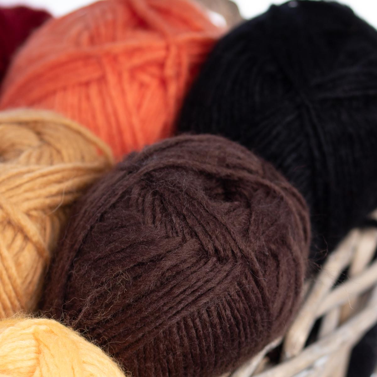 3pk-Lion-Brand-New-Basic-Acrylic-amp-Wool-Yarn-Medium-4-Knit-Crochet-Skeins-Soft thumbnail 42