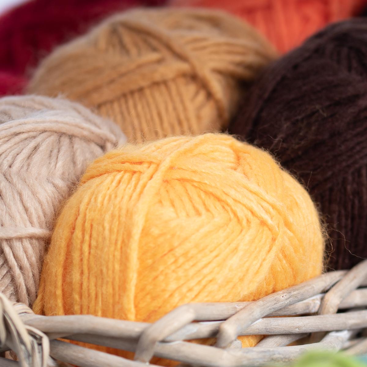 3pk-Lion-Brand-New-Basic-Acrylic-amp-Wool-Yarn-Medium-4-Knit-Crochet-Skeins-Soft thumbnail 62