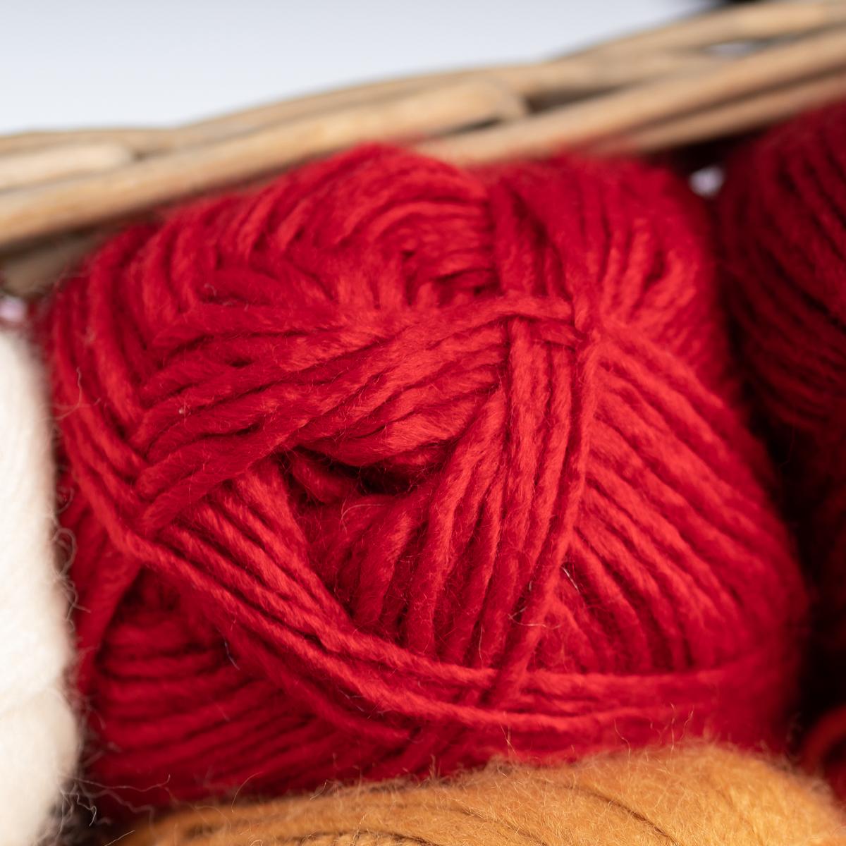 3pk-Lion-Brand-New-Basic-Acrylic-amp-Wool-Yarn-Medium-4-Knit-Crochet-Skeins-Soft thumbnail 90