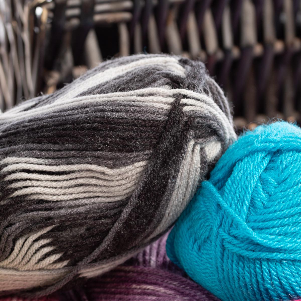 3pk-Lion-Brand-Vanna-s-Choice-100-Acrylic-Yarn-Medium-4-Knitting-Skeins-Soft thumbnail 20
