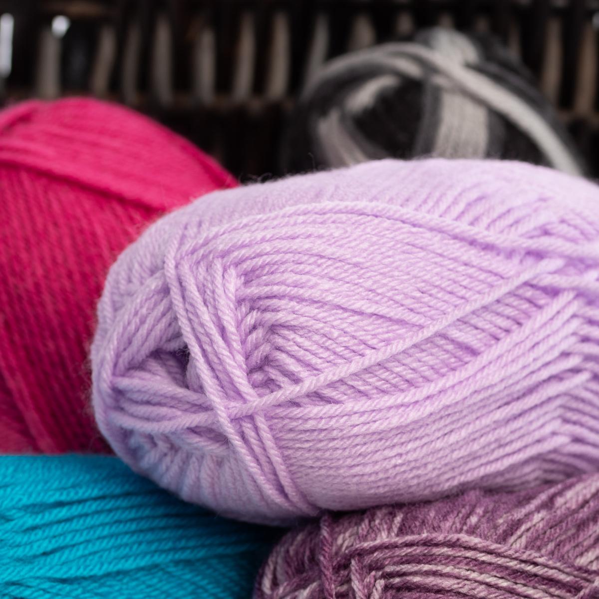 3pk-Lion-Brand-Vanna-s-Choice-100-Acrylic-Yarn-Medium-4-Knitting-Skeins-Soft thumbnail 32