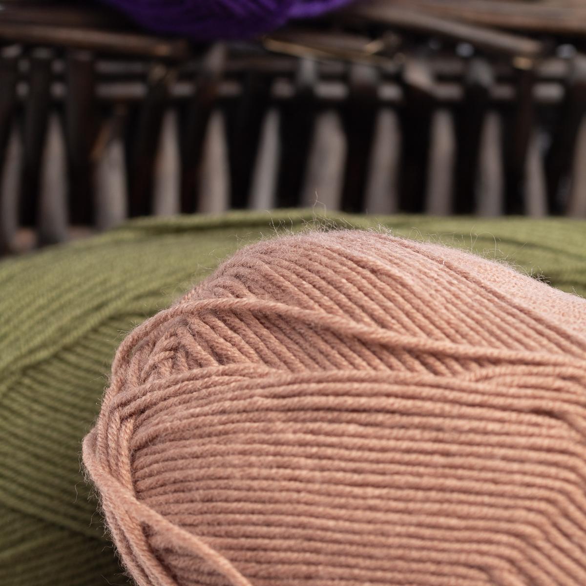 3pk-Lion-Brand-Vanna-039-s-Style-100-Acrylic-Yarn-Light-3-Knit-Crochet-Skeins-Soft thumbnail 17