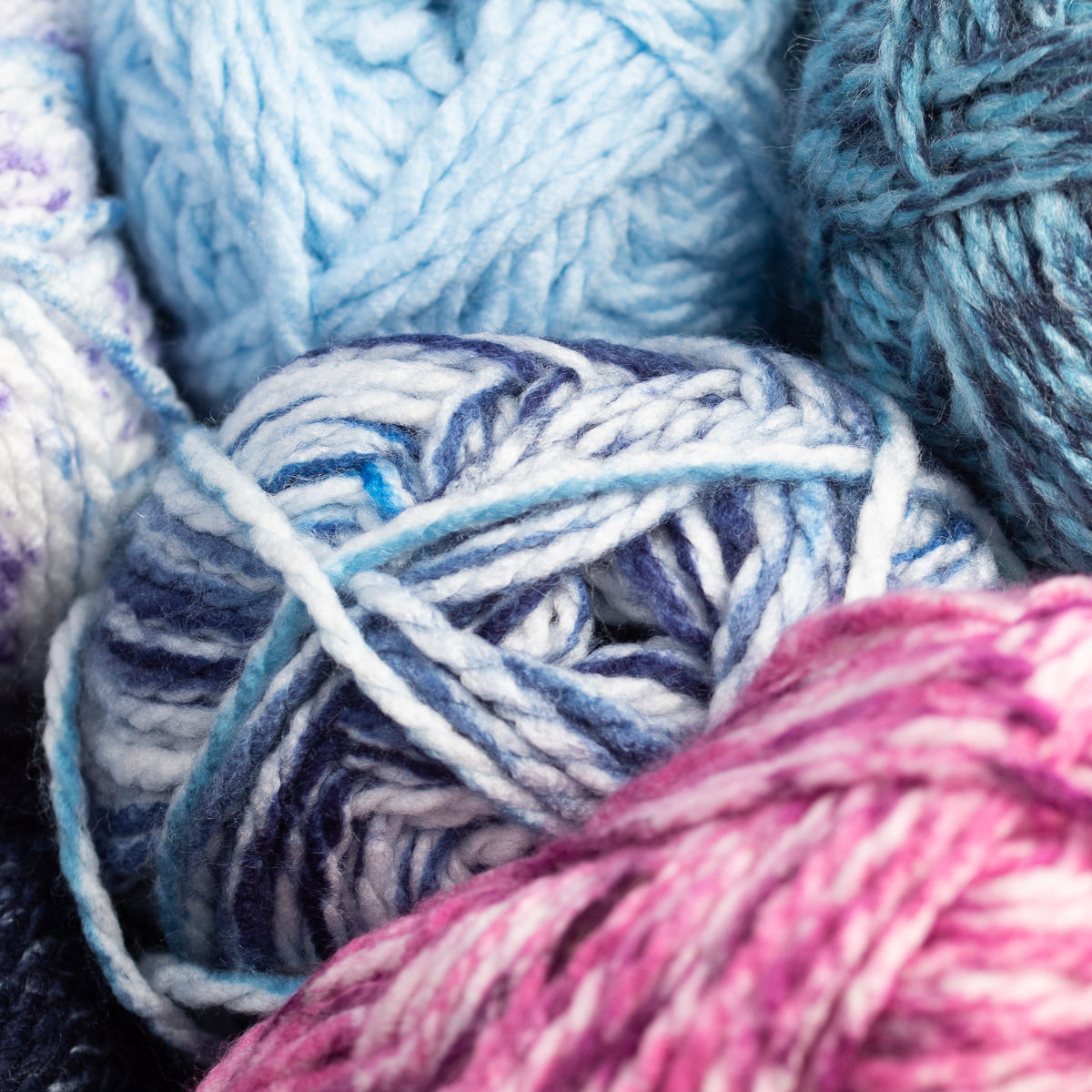 3pk-Premier-Yarns-Deborah-Norville-Serenity-100-Acrylic-Yarn-Chunky-5-Knitting thumbnail 34