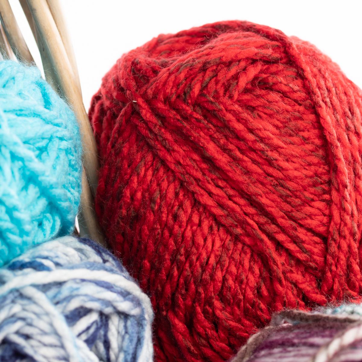 3pk-Premier-Yarns-Deborah-Norville-Serenity-100-Acrylic-Yarn-Chunky-5-Knitting thumbnail 44