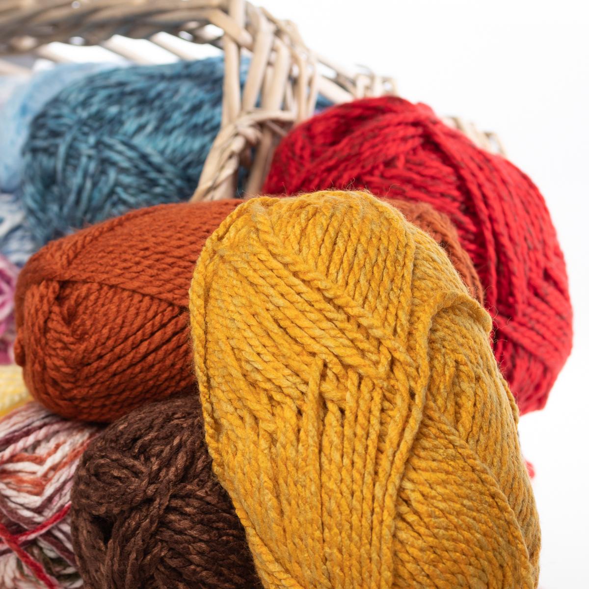3pk-Premier-Yarns-Deborah-Norville-Serenity-100-Acrylic-Yarn-Chunky-5-Knitting thumbnail 49