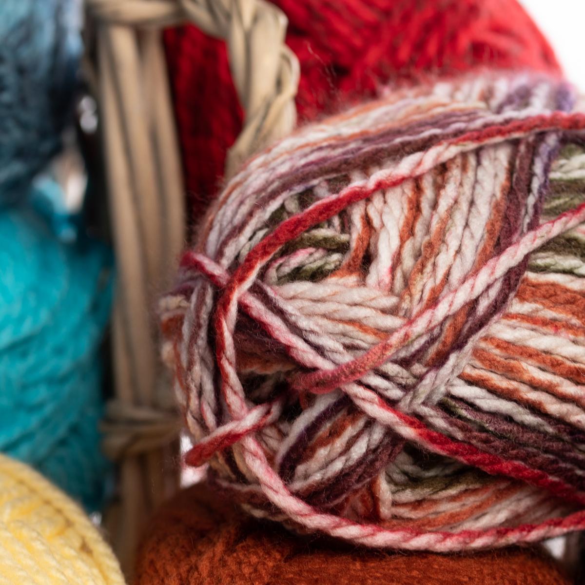 3pk-Premier-Yarns-Deborah-Norville-Serenity-100-Acrylic-Yarn-Chunky-5-Knitting thumbnail 64
