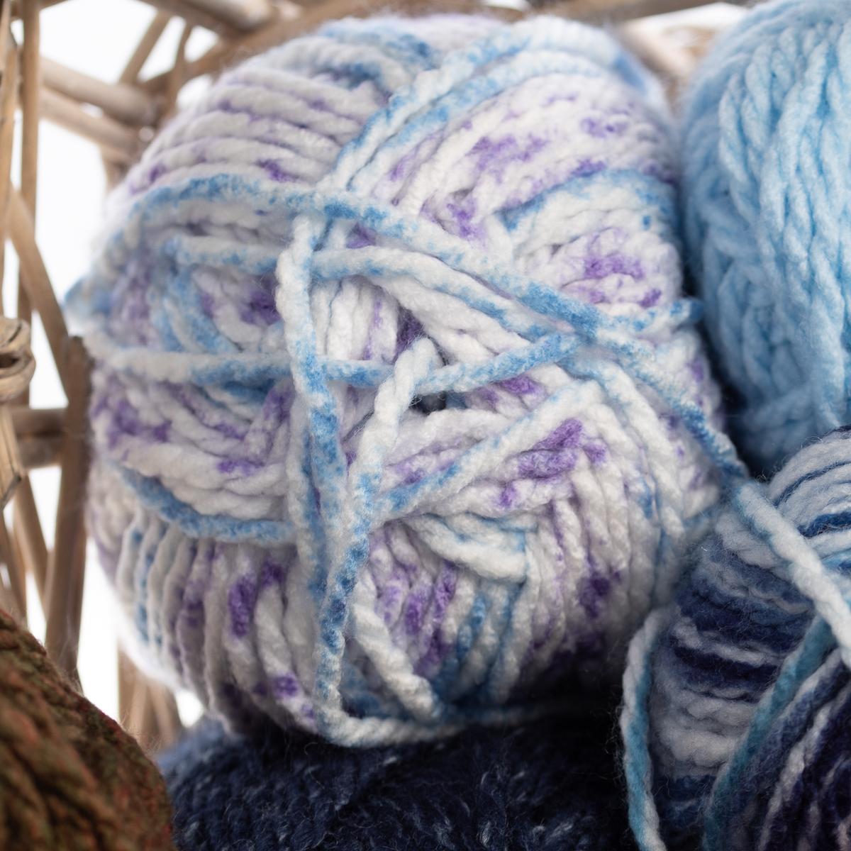 3pk-Premier-Yarns-Deborah-Norville-Serenity-100-Acrylic-Yarn-Chunky-5-Knitting thumbnail 79