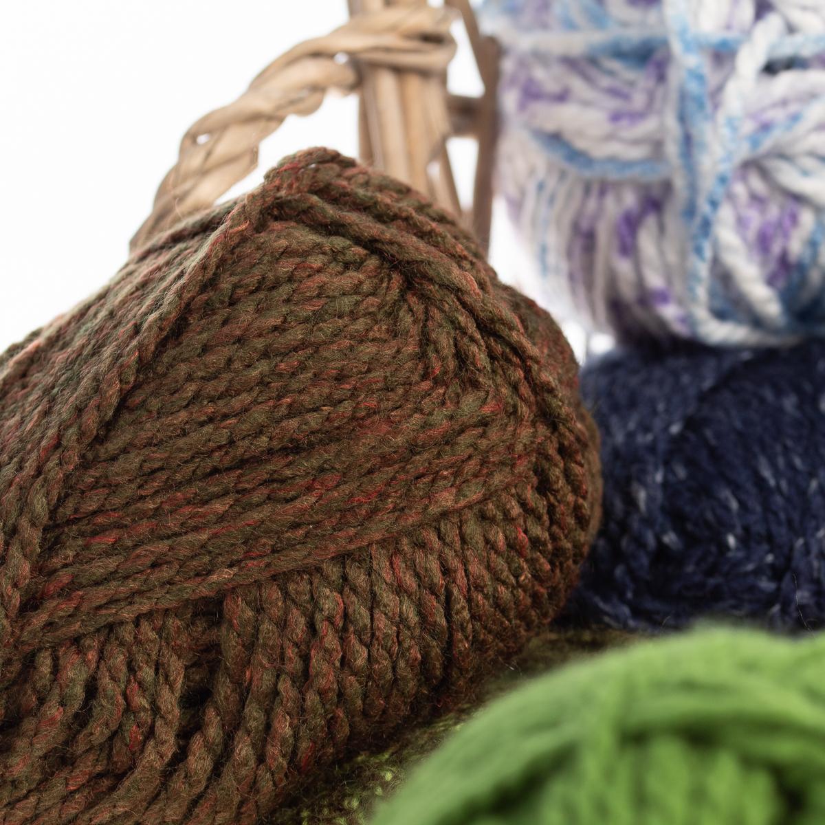 3pk-Premier-Yarns-Deborah-Norville-Serenity-100-Acrylic-Yarn-Chunky-5-Knitting thumbnail 94