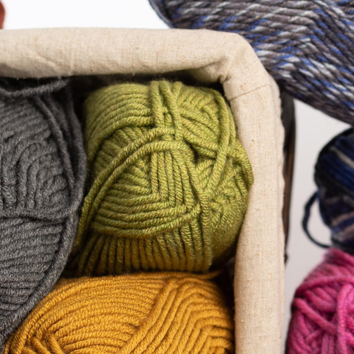 3pk-Lion-Brand-Woolspun-Acrylic-amp-Wool-Yarn-Bulky-5-Knit-Crocheting-Skeins-Soft thumbnail 18