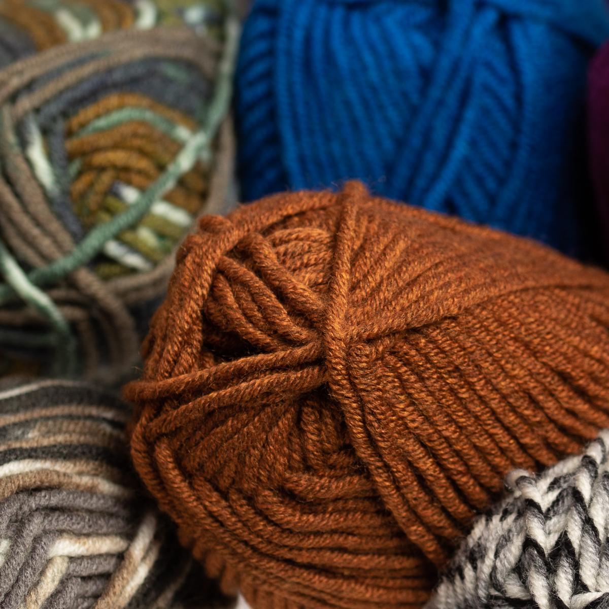 3pk-Lion-Brand-Woolspun-Acrylic-amp-Wool-Yarn-Bulky-5-Knit-Crocheting-Skeins-Soft thumbnail 34