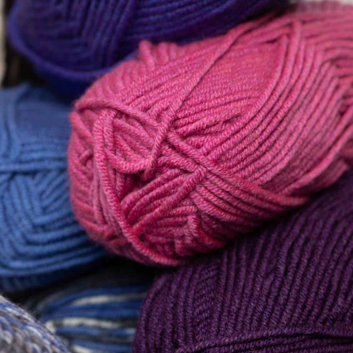 3pk-Lion-Brand-Woolspun-Acrylic-amp-Wool-Yarn-Bulky-5-Knit-Crocheting-Skeins-Soft thumbnail 50