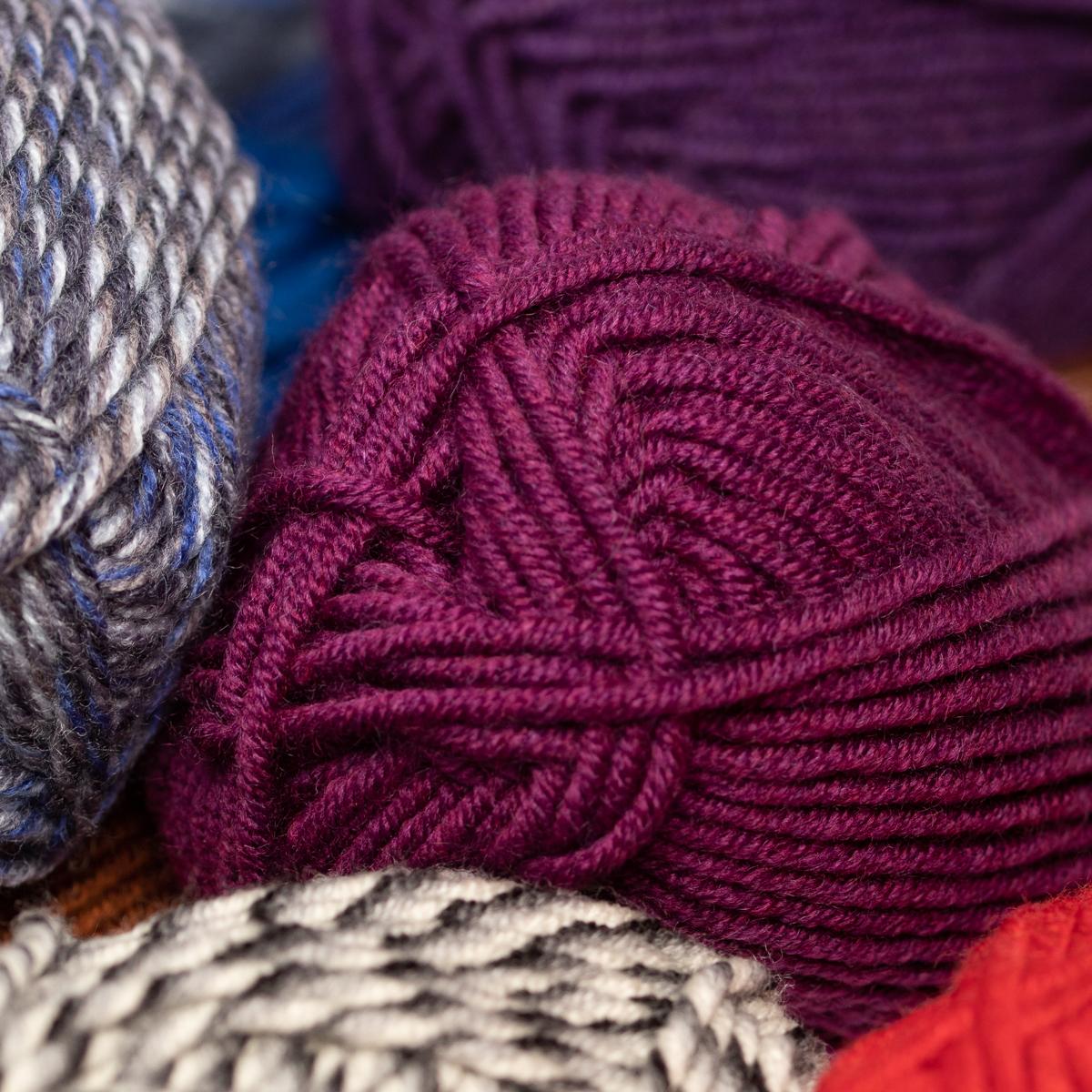3pk-Lion-Brand-Woolspun-Acrylic-amp-Wool-Yarn-Bulky-5-Knit-Crocheting-Skeins-Soft thumbnail 70