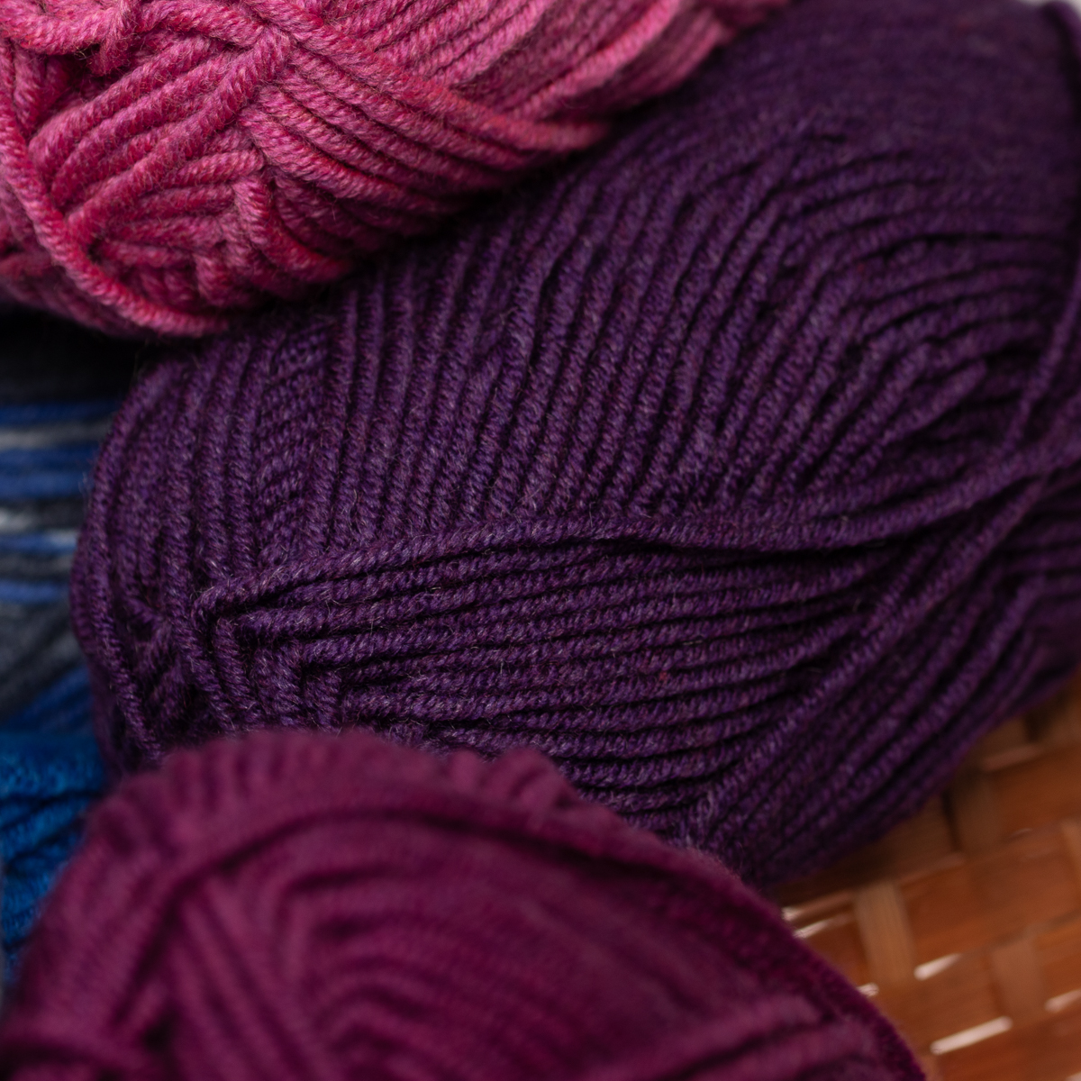 3pk-Lion-Brand-Woolspun-Acrylic-amp-Wool-Yarn-Bulky-5-Knit-Crocheting-Skeins-Soft thumbnail 54
