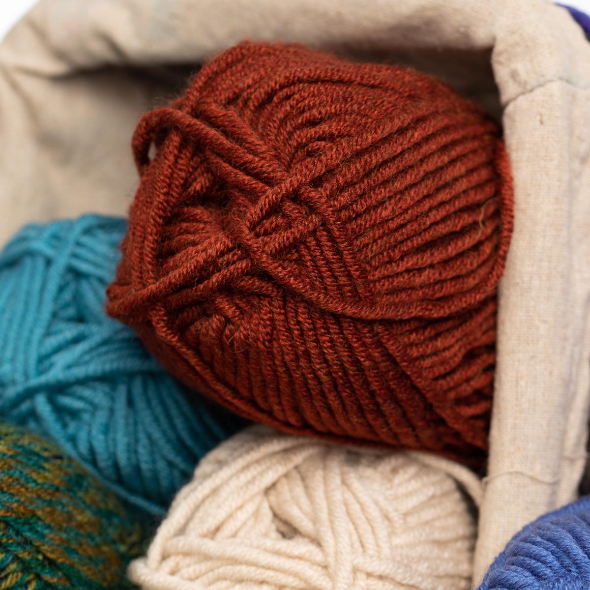 3pk-Lion-Brand-Woolspun-Acrylic-amp-Wool-Yarn-Bulky-5-Knit-Crocheting-Skeins-Soft thumbnail 94