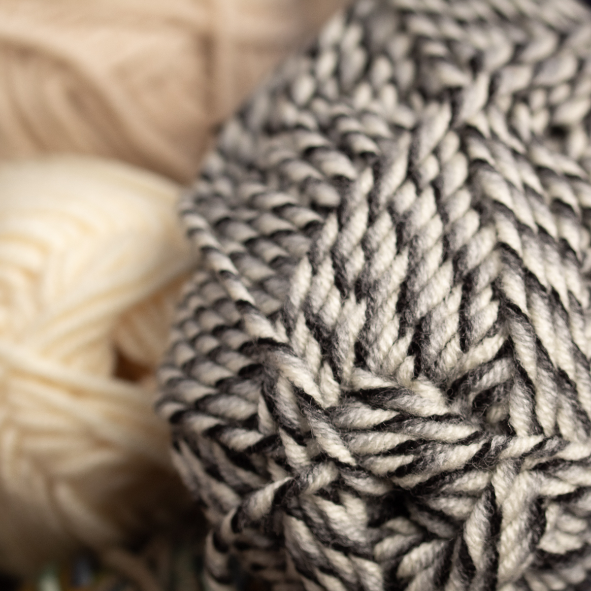 3pk-Lion-Brand-Woolspun-Acrylic-amp-Wool-Yarn-Bulky-5-Knit-Crocheting-Skeins-Soft thumbnail 102