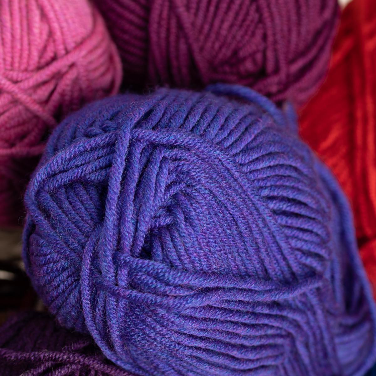 3pk-Lion-Brand-Woolspun-Acrylic-amp-Wool-Yarn-Bulky-5-Knit-Crocheting-Skeins-Soft thumbnail 110