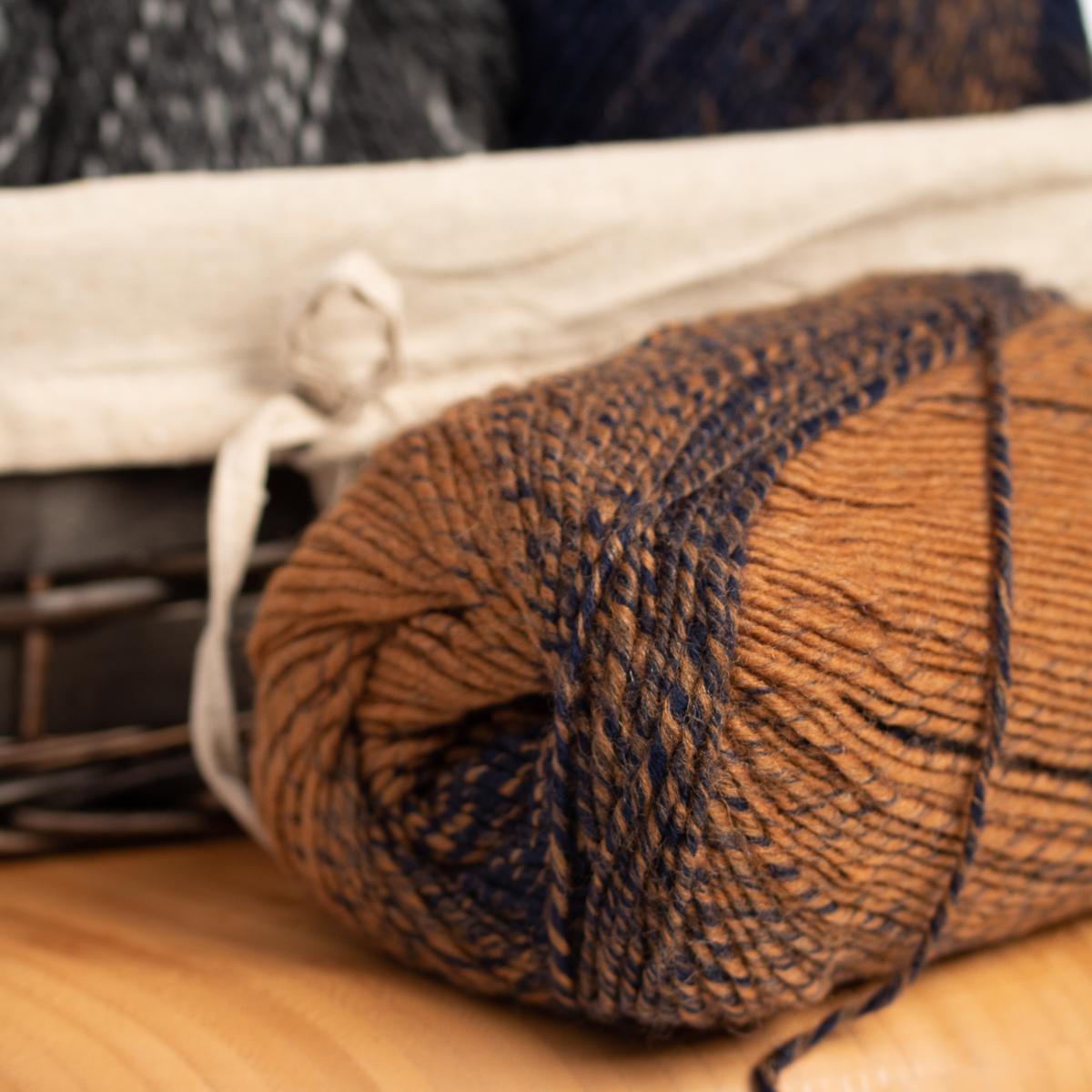 3pk-Lion-Brand-Scarfie-Acrylic-amp-Wool-Yarn-Bulky-5-Knitting-Crochet-Skeins-Soft thumbnail 7