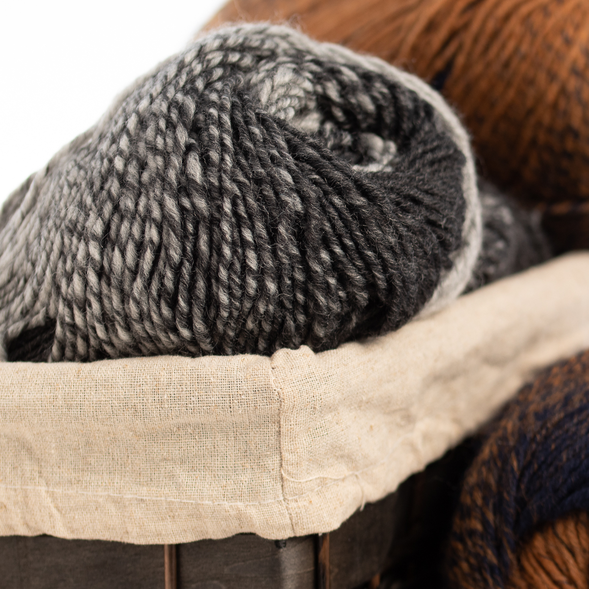 3pk-Lion-Brand-Scarfie-Acrylic-amp-Wool-Yarn-Bulky-5-Knitting-Crochet-Skeins-Soft thumbnail 11