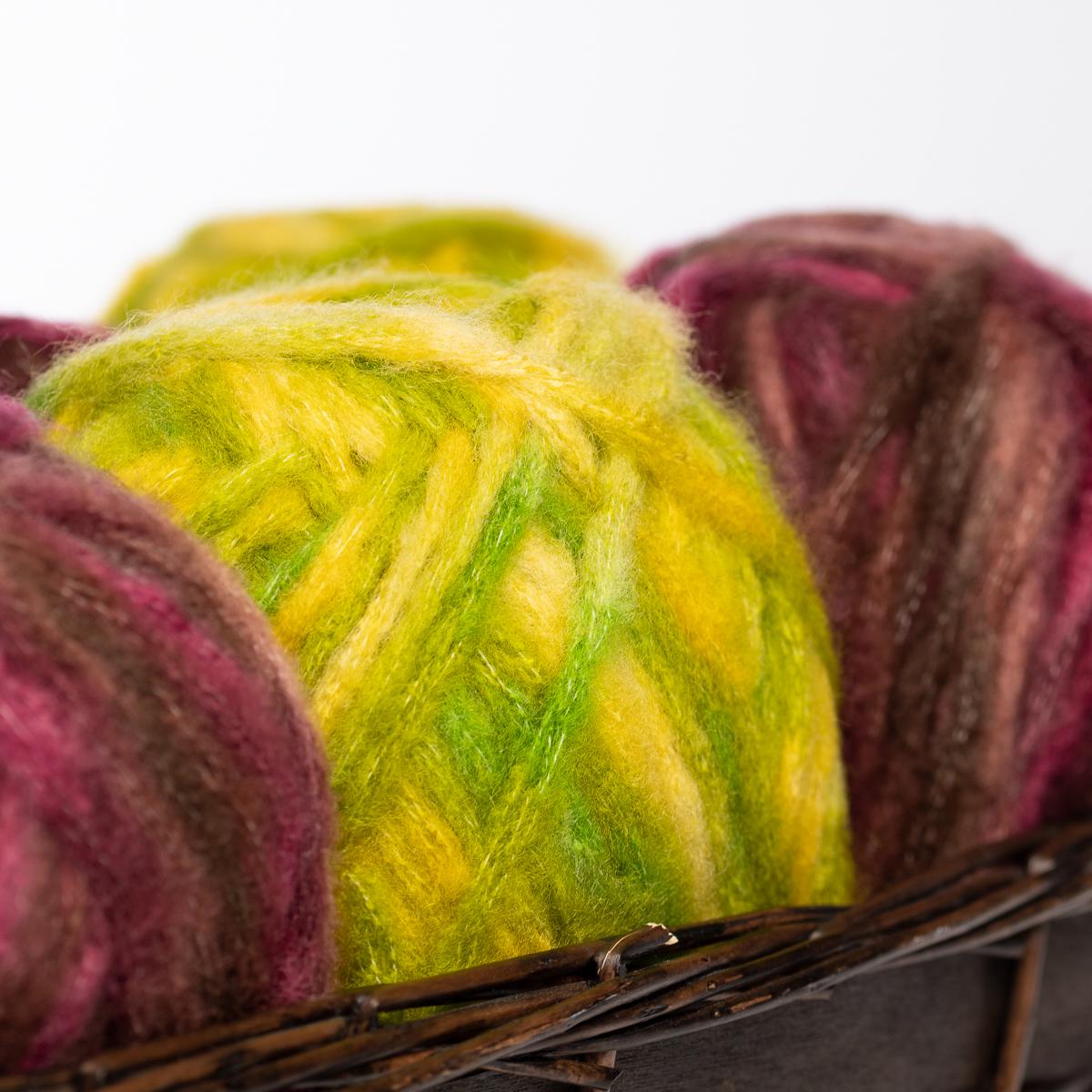 3pk-Bernat-Viva-Acrylic-Blend-Yarn-Super-Bulky-6-Knitting-Crochet-Skeins-Soft thumbnail 13