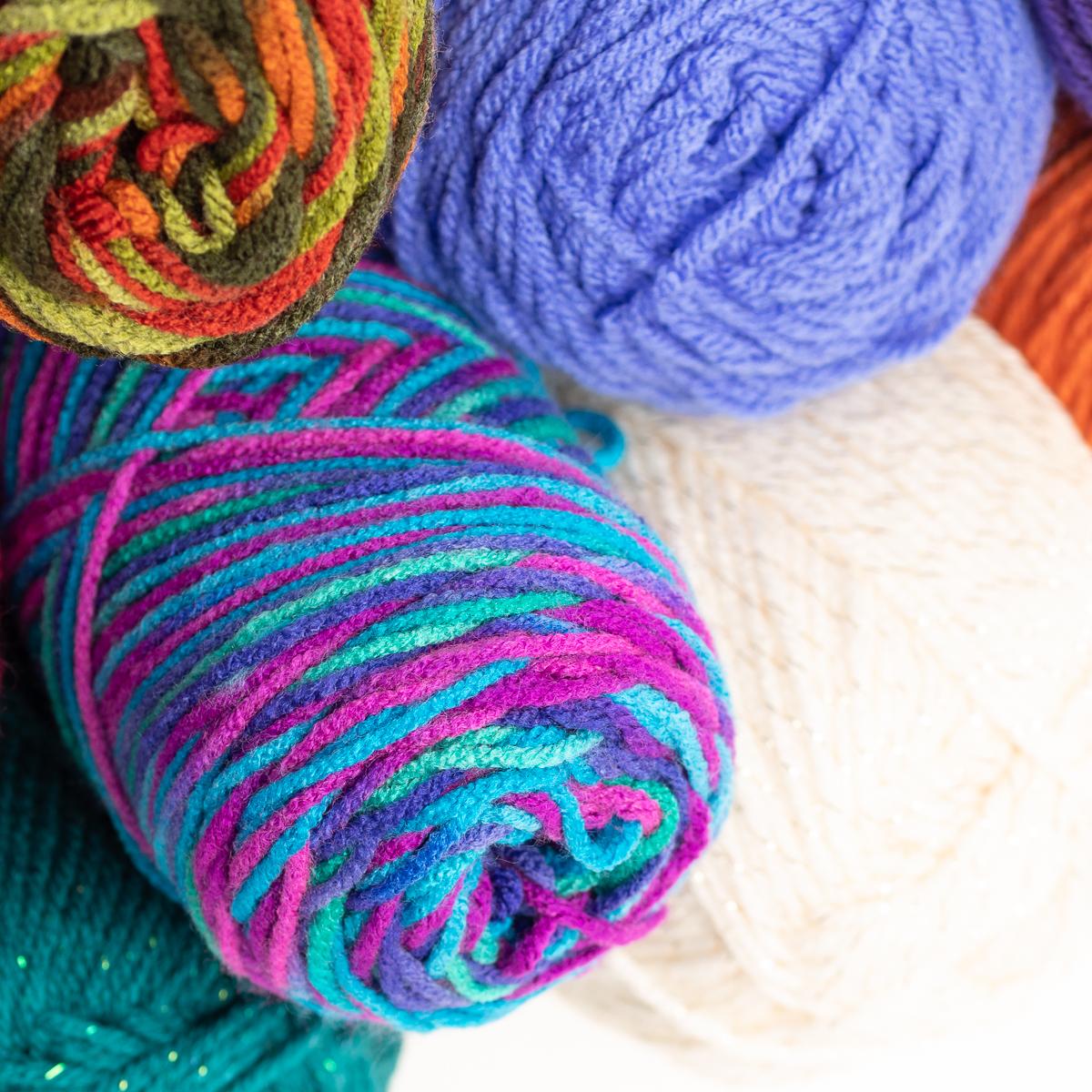 Red-Heart-With-Love-100-Acrylic-Yarn-Knitting-Crochet-Medium-4-Skein-Soft thumbnail 19