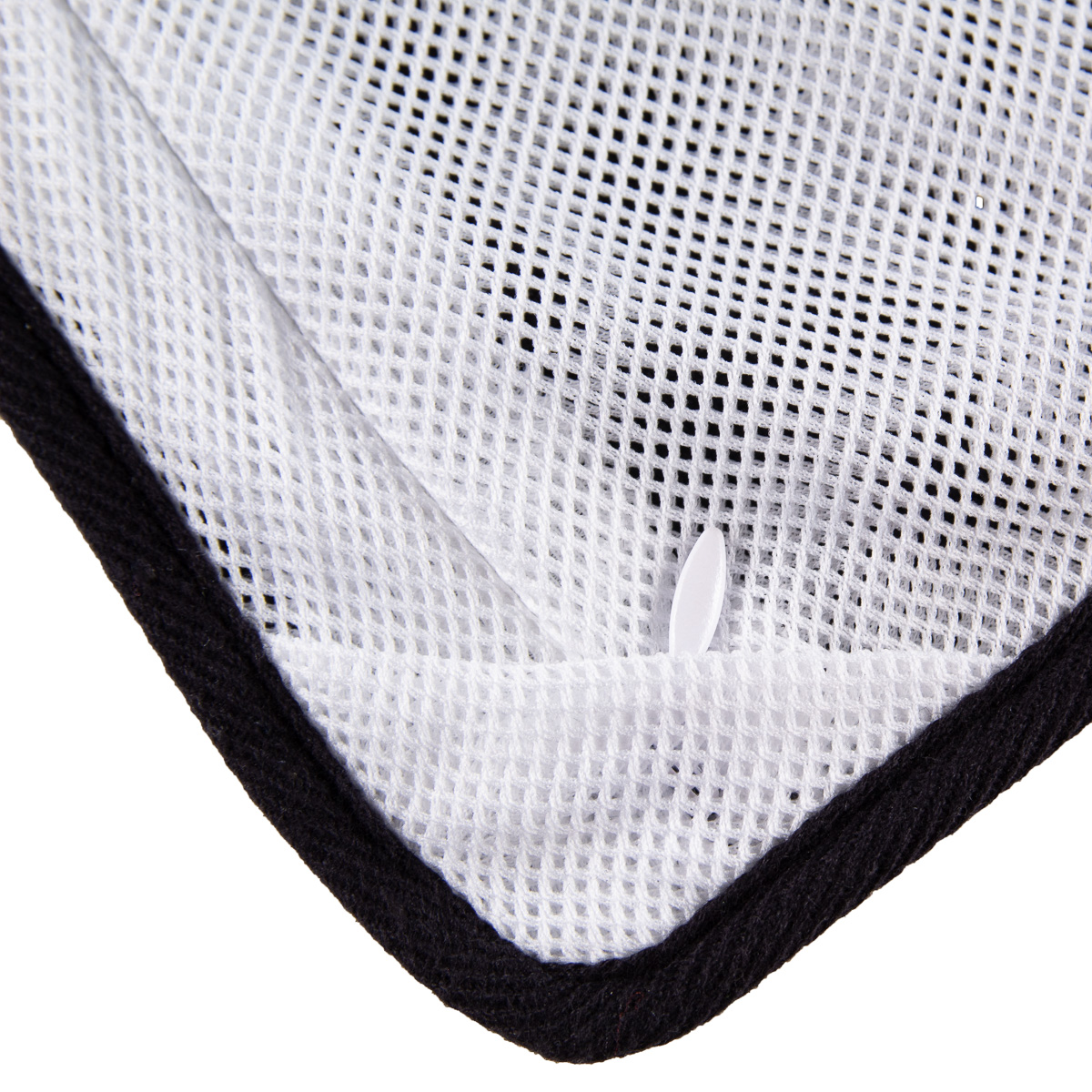 thumbnail 13 - Antibacterial-Gym-Towel-Fits-Securely-Over-Workout-Bench-Phone-Keys-Zip-Pocket