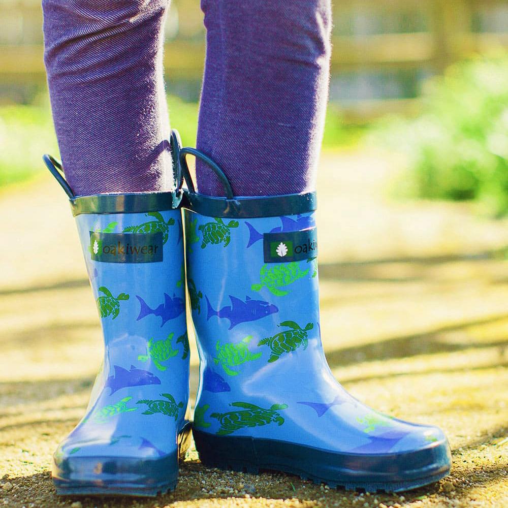 Oakiwear-Waterproof-Kids-Rubber-Rain-Boots-Boy-amp-Girl-Toddler-Shoes-With-Handles thumbnail 17