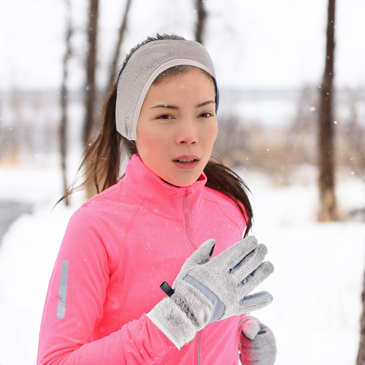 thumbnail 7 - Polar-Extreme-Womens-Touchscreen-Gloves-And-Headband-Set-For-Texting-Smartphone