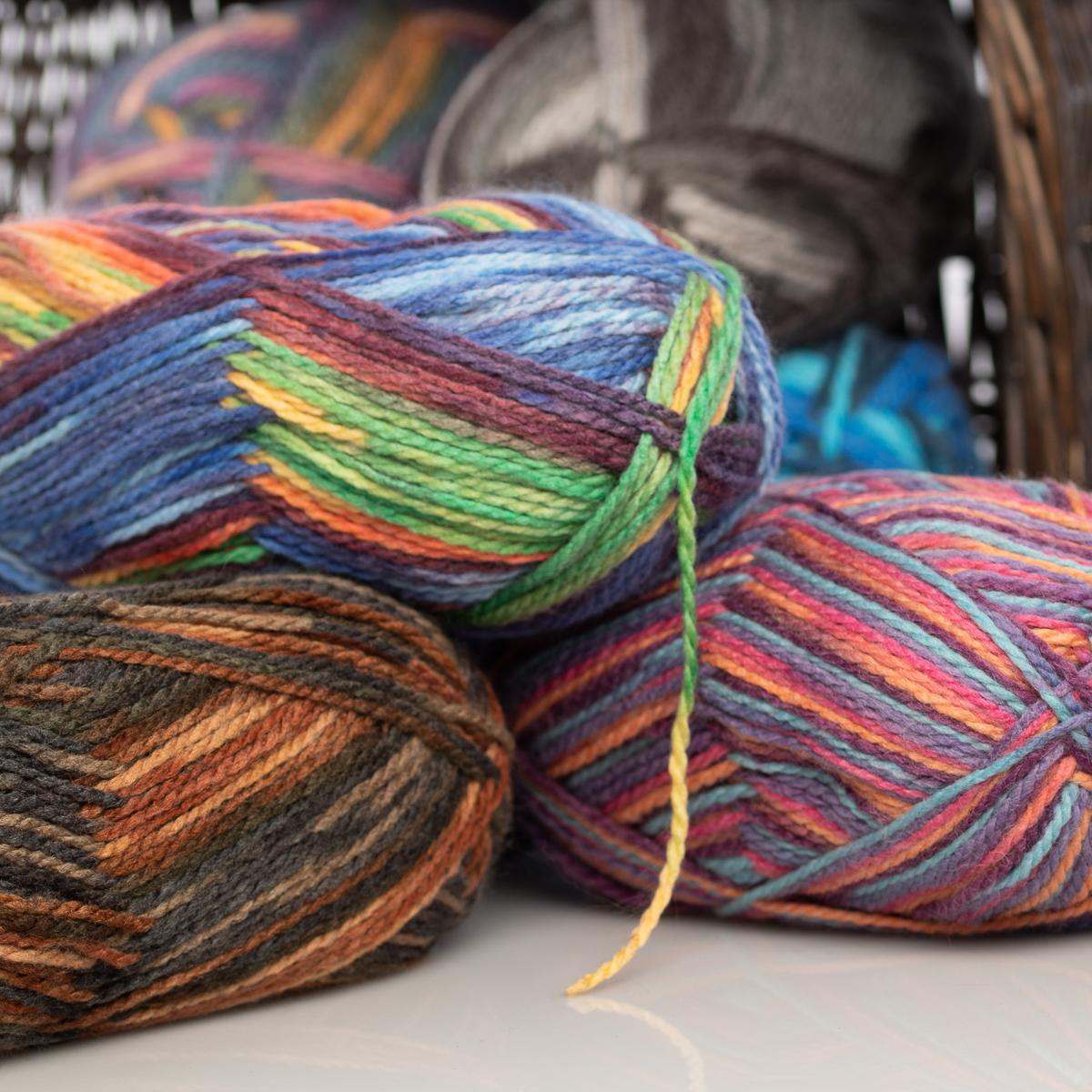 3pk-Lion-Brand-Color-Waves-Acrylic-amp-Wool-Yarn-Light-3-Soft-Knitting-Crocheting thumbnail 34