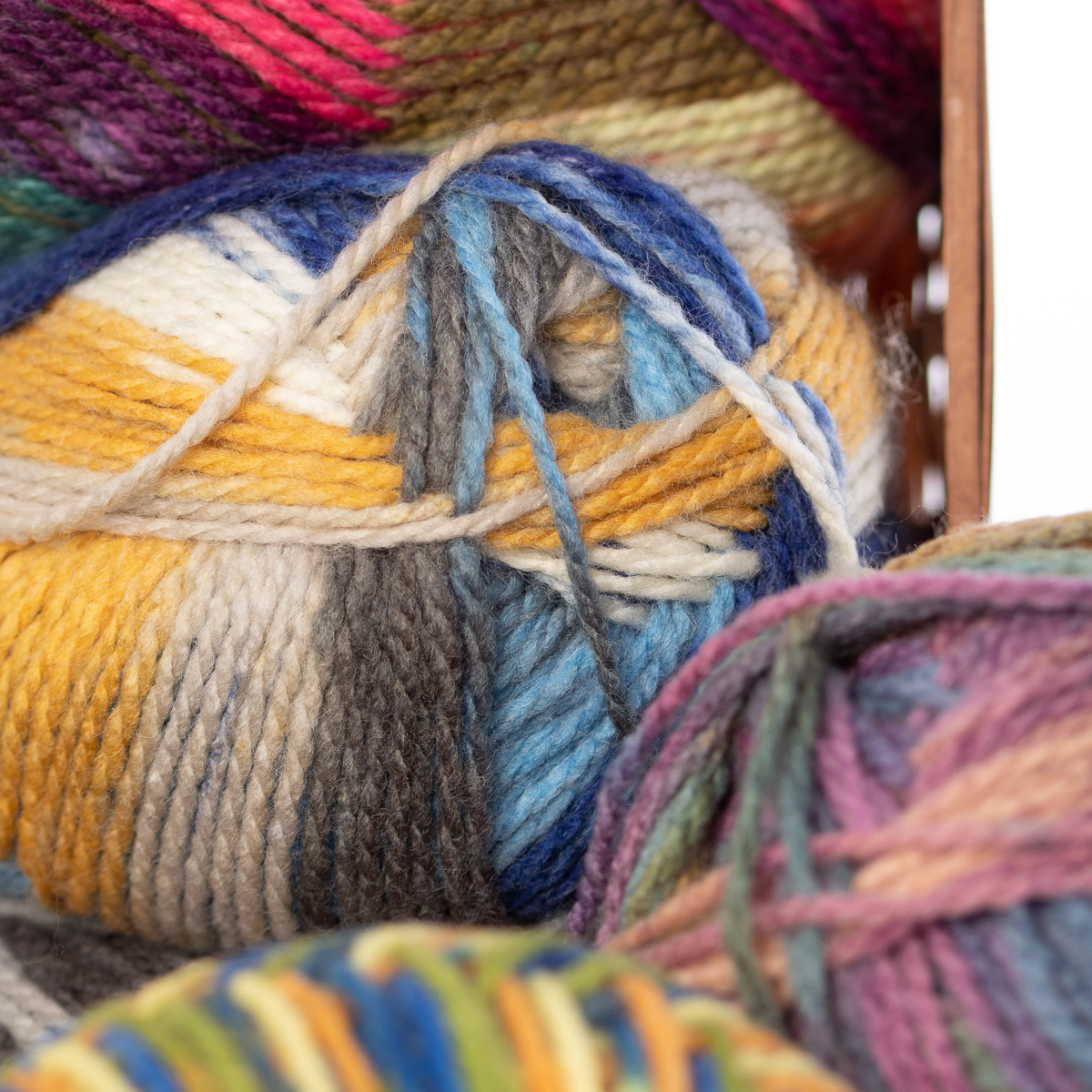 3pk-Lion-Brand-Color-Waves-Acrylic-amp-Wool-Yarn-Light-3-Soft-Knitting-Crocheting thumbnail 42