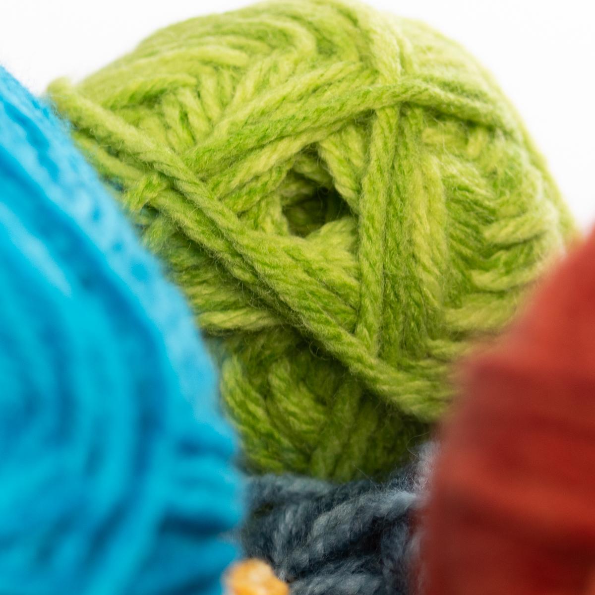 3pk-Lion-Brand-Yarn-Acrylic-amp-Wool-Chunky-Yarn-Bulky-5-Soft-Knitting-Crocheting thumbnail 15