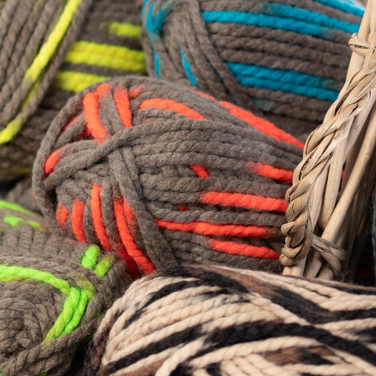 3pk-Lion-Brand-Wool-Ease-Thick-amp-Quick-Yarn-Super-Chunky-Knitting-Soft-Bulky-6 thumbnail 26